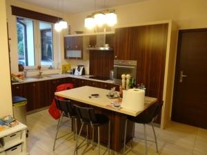 Wynajmę na potrzeby planu zdjęciowego - Dom 180m2 plus taras(okolice Warszawy)