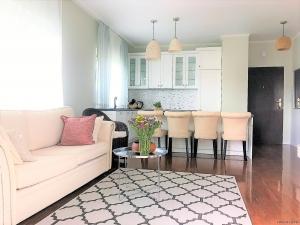 Piękny apartament na mokotowie ze  140m2 ogródkiem! super do sesji i nagrań blisko centrum dużo miejsc postojowych parter