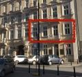 Jasny, biały apartament z balkonem na I piętrze przy ul. Mokotowskiej